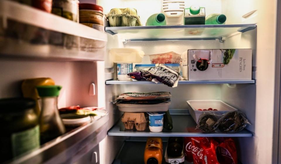 objadanie się to szukanie zaspokojenia głębokiego głodu